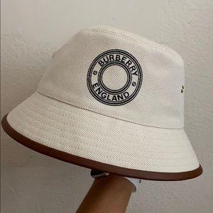 Burberry Canvas Bucket Hat 2020
